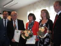 Dr. Hans Weisel mit Ehefrau Monika und Erika Strigl